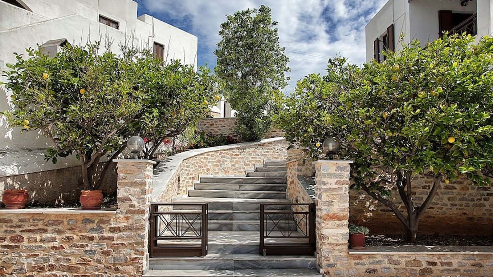 2 Sea Homes Syros