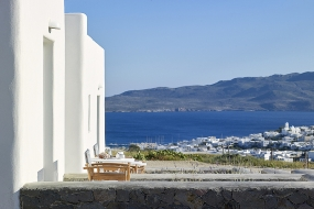 Lithos Luxury Rooms Milos
