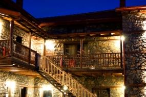 Gioras Hotel