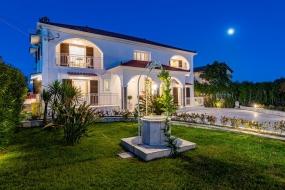 Aigli Villa
