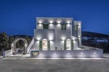 Gaia Lux Inn Milos