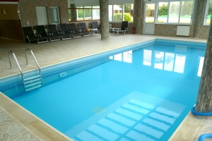 4 days September accommodation with outdoor and indoor pool and children games and activities