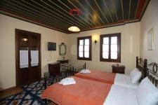Δικλινο δωματιο με μονα κρεβατια