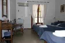 Τρίκλινα Δωμάτια