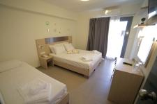 Comfort Τρίκλινο Δωμάτιο