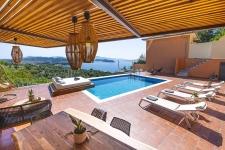 2Br,2bth villa Io  with private pool